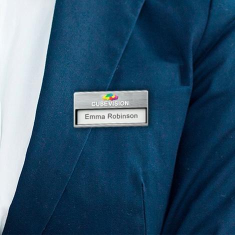 Badge publicitaire - OLIVER