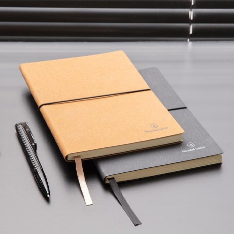 Carnet de notes personnalisable en cuir recyclé - A5